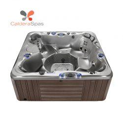 A Caldera Niagara hot tub with a Platinum shell and Espresso siding.