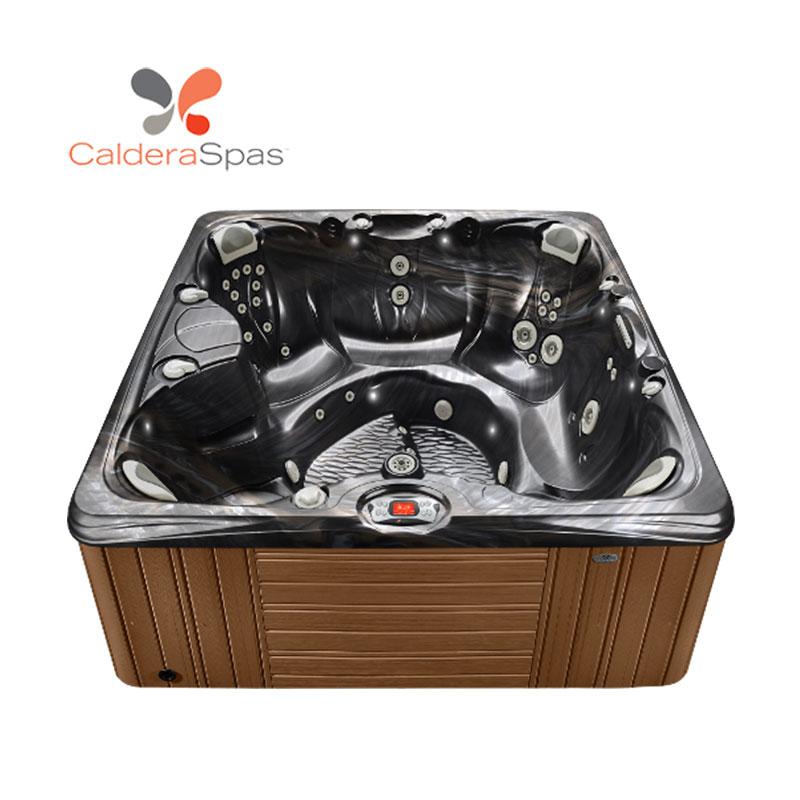 Salina™ Hot Tub